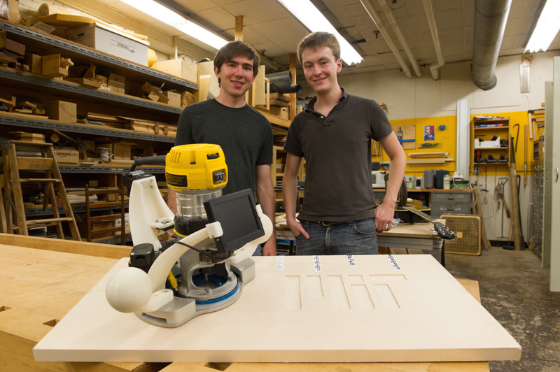 Ilan & Alec Test the two axis machine