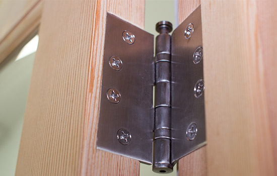 Re-mortising door hinges